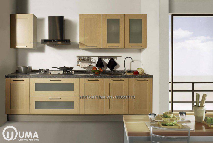 Tủ bếp đứng với cửa kính