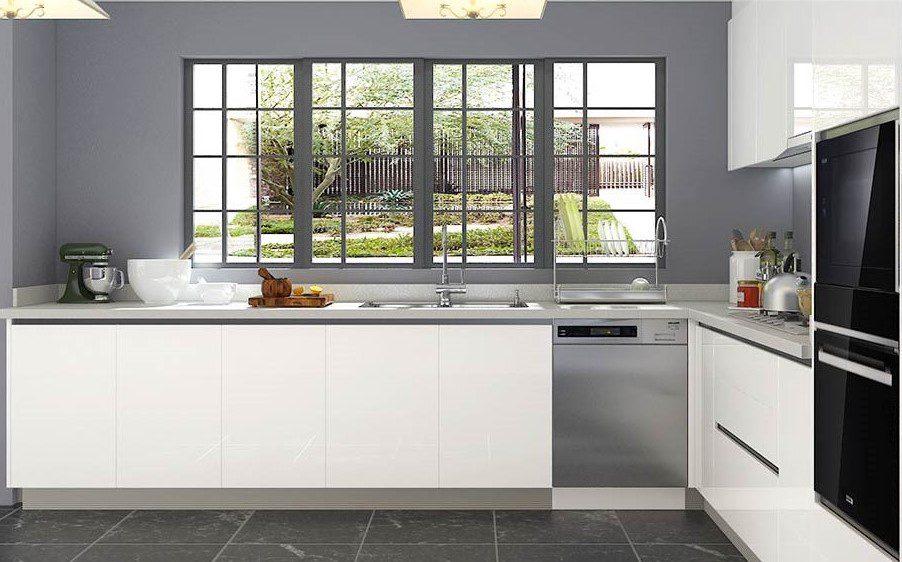 Gia chủ tuổi Đinh Mùi nên chọn tủ bếp Acrylic kết hợp màu đen trắng
