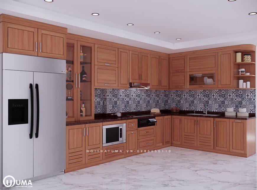 Bề mặt tủ bếp gỗ Sồi Mỹ – USM 06 là các đường vân gỗ nâu vàng tự nhiên được sơn pu chống ngả màu tạo động bóng