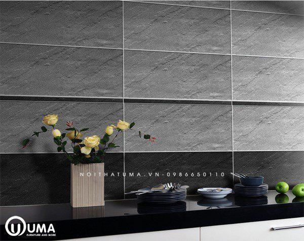Sang trọng, lịch lãm và hiện đại với mẫu gạch ốp tường bếp gam màu ghi đá dễ dàng che đi các vết bẩn nếu có