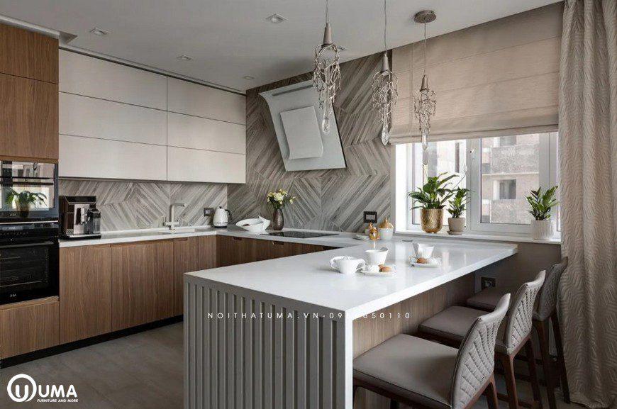Chiếc bàn bar được thiết kế cũng khác biệt, lựa chọn tông màu trắng hiện đại