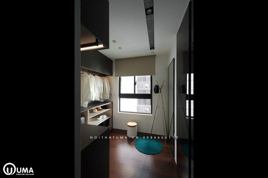 Phòng thay đồ, tuy với diện tích nhỏ bé, nhưng được thiết kế khá gọn gàng, và đầy đủ tiện nghi