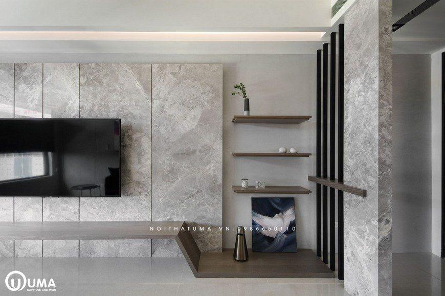 Kệ trang trí cũng được thiết kế khá ấn tượng và đơn giản.