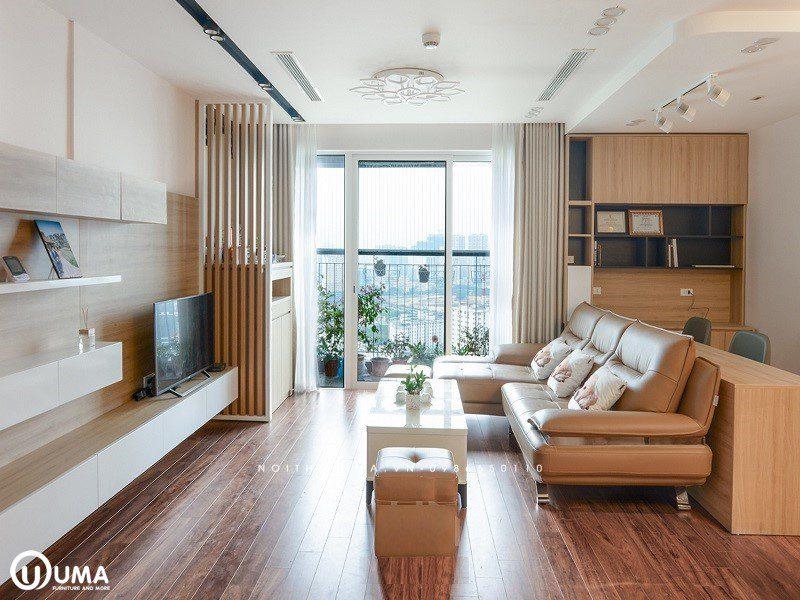 Tổng thể của khu vực này được thiết kế khá đầy đủ, với bộ sofa chữ L màu da tươi sáng sáng