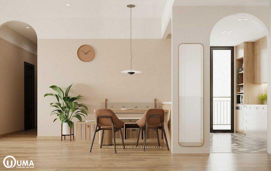 Không gian phòng ăn được trang bị với bộ bàn ghế nhỏ nhắn cho 4 người ngồi khá tiện ích.