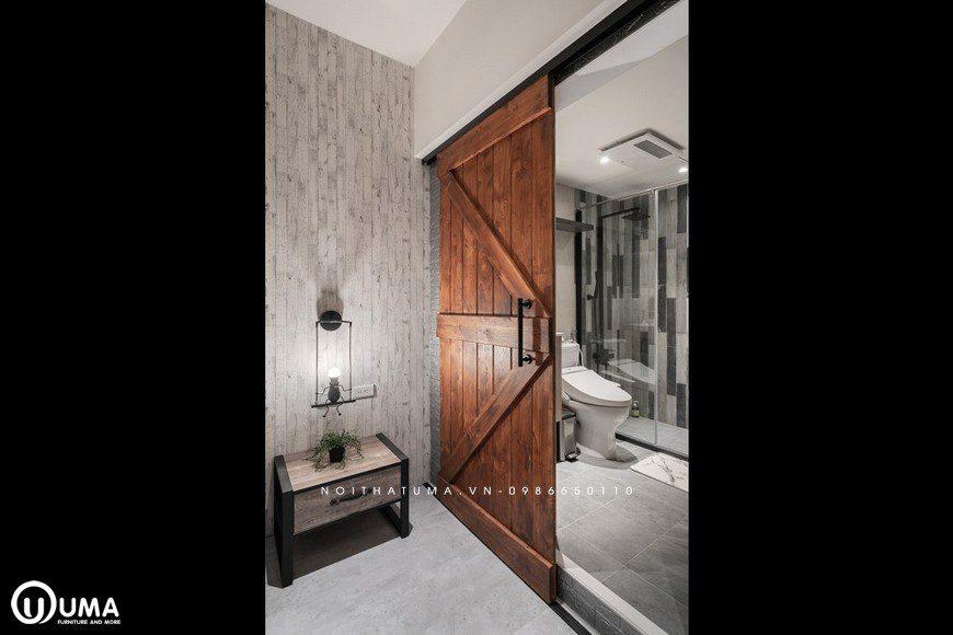 Đến cửa ra vào được thiết kế theo lối cửa ỗ đóng với kiểu cách cổ điển xưa kia