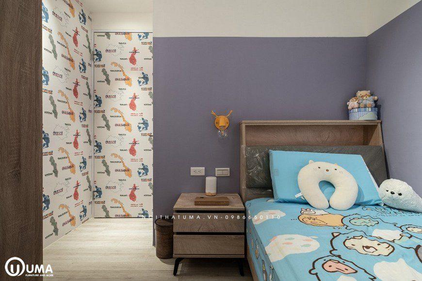 Phòng ngủ của trẻ nhỏ được thiết kế khá gọn gàng và bắt mắt, với hình ảnh họa tiết sinh động.