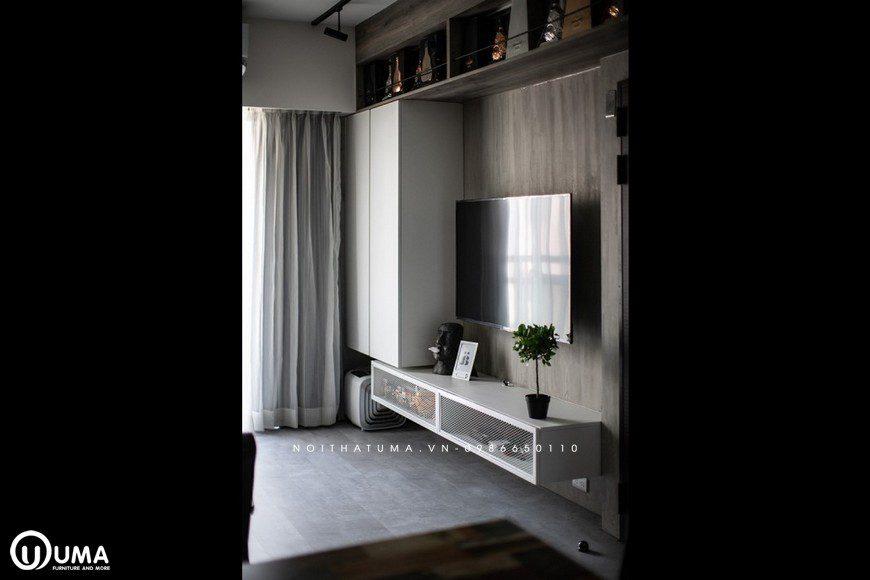 Kệ tivi mặc dù sử dụng với lối thiết kế hiện đại, màu sắc trắng có kết hợp phụ kiện màu tối