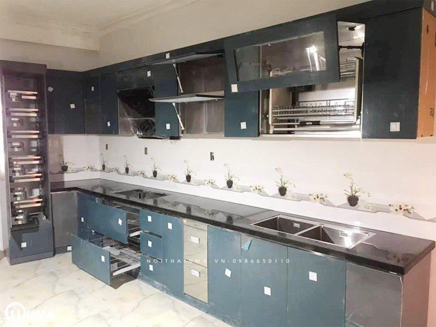 Mẫu tủ bếp thùng Inox chữ I tại Long Biên