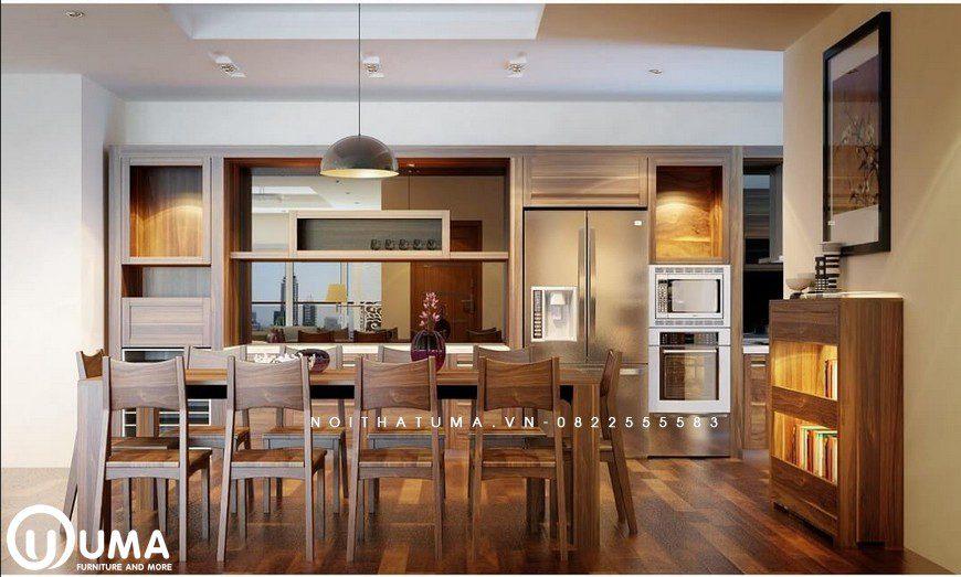 Phòng ăn và khu vực phòng bếp được thiết kế khá ấn tượng, sử dụng nội thất bằng gỗ tự nhiên cao cấp.