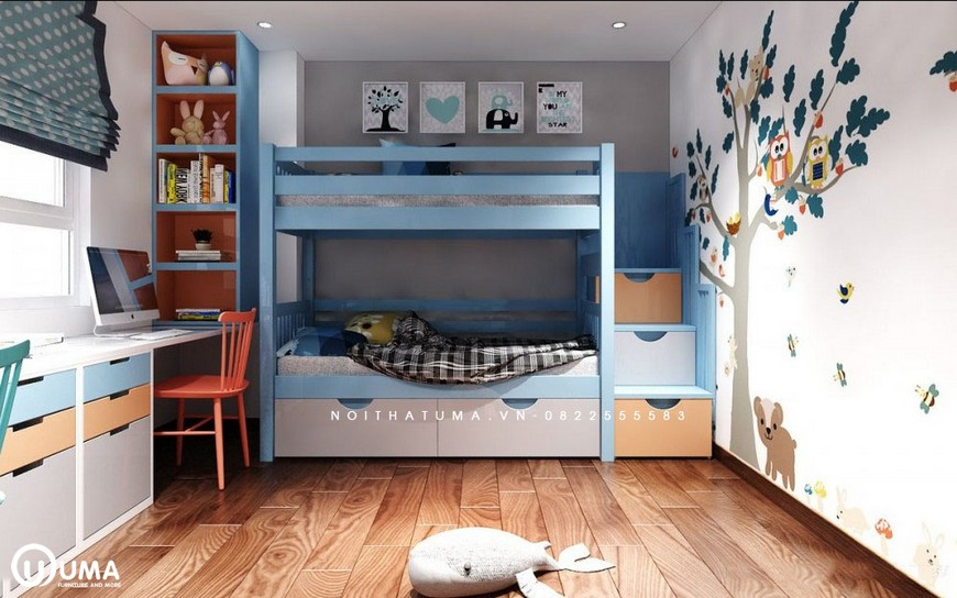 Phòng ngủ của bé cũng được trang trí khá bắt mắt, với màu sắc đến hình ảnh trang trí hợp với phong cách của con nhỏ.