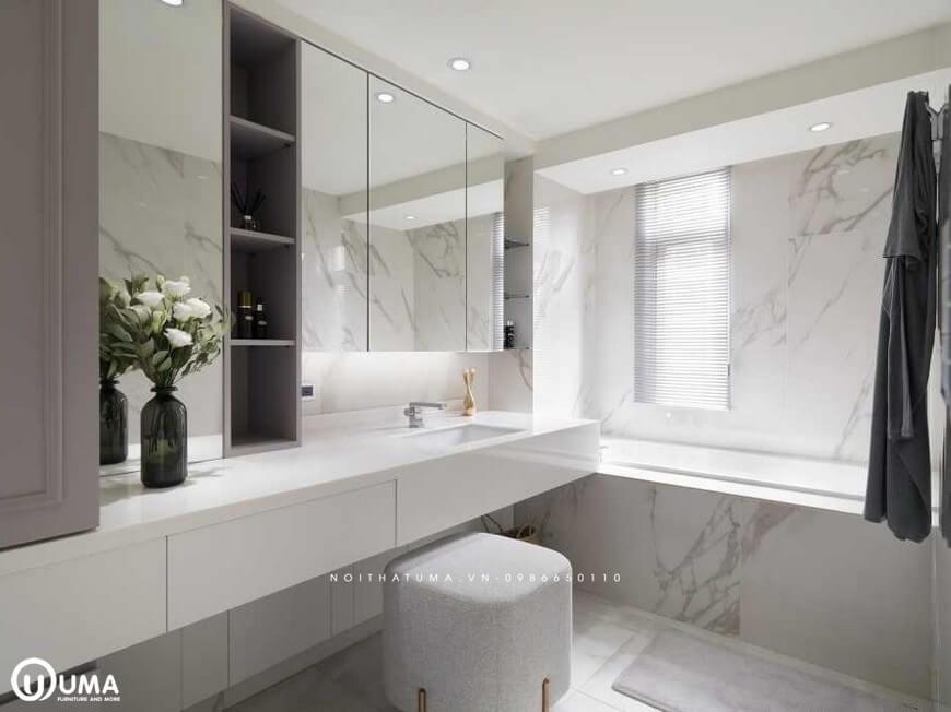 Phòng tắm cũng được hưởng ánh sáng tự nhiên chiếu vào phòng, chỉ với ô cửa sổ nhỏ nhắn