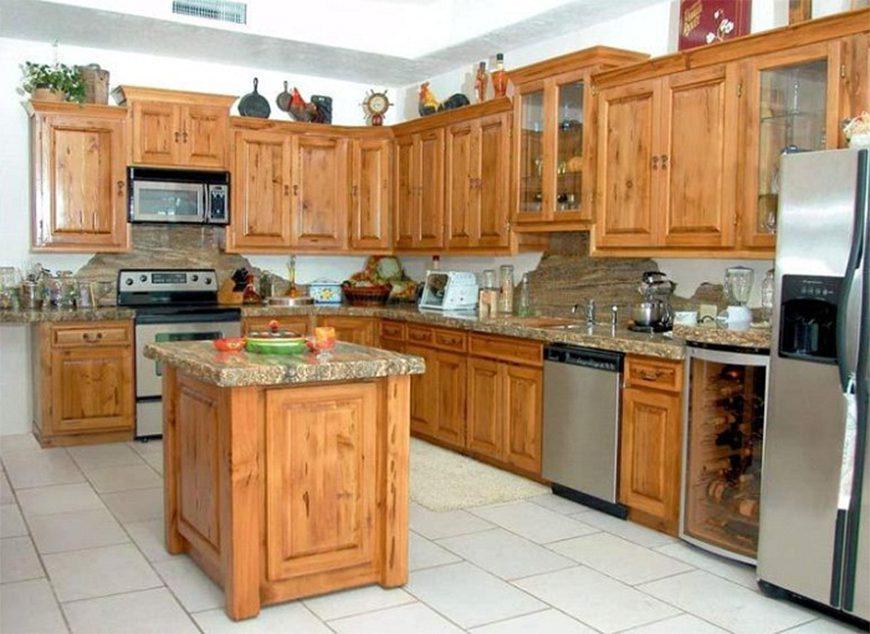Mẫu 3 - Tủ bếp gỗ tự nhiên phủ sơn cao cấp